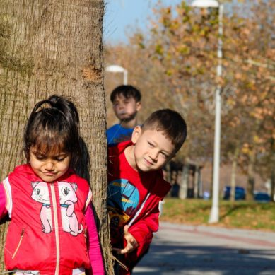 First study to show parents' concerns about neighborhood restrict kids' outdoor play