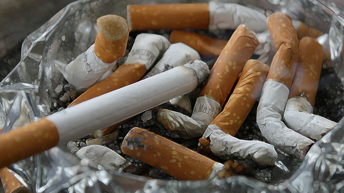 Stop smoking before 40 … you know why?