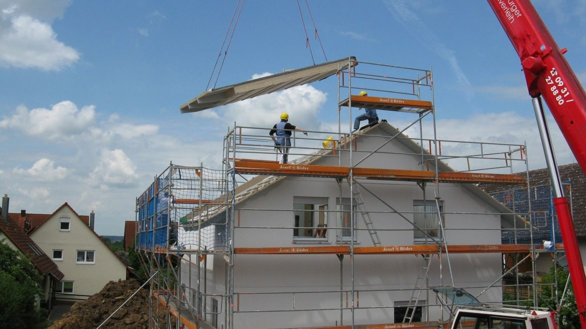 Thinking on build yourself a house? Did you think about the machinery?