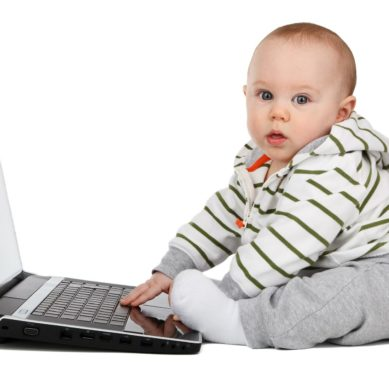 Babies playing with smartphones take longer to talk