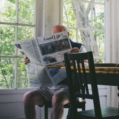 3 crucial signs your father needs visiting care