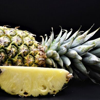 Is it good to eat pineapple during pregnancy?